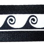 2MC584 Black Cresting Waves