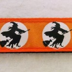 5MC316 Flying Witches Halloween Martingale Collar