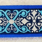 2LMC861 Turquoise and White Kaleidoscope Martingale Collar